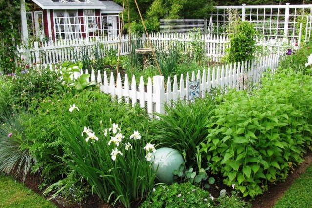 Spruce Up Your Yard with These Amazing Landscaping Ideas