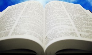 6 Easy Way To Read More Scriptures Each Day